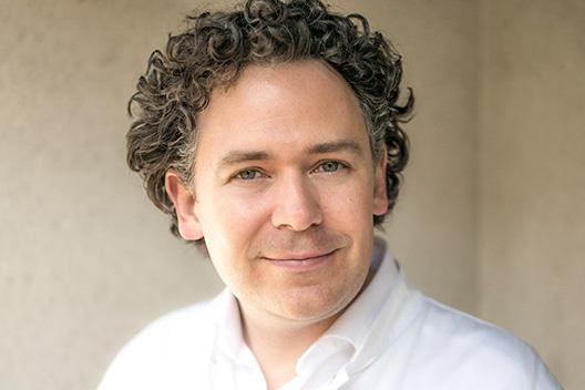 Dr. Thomas Moser